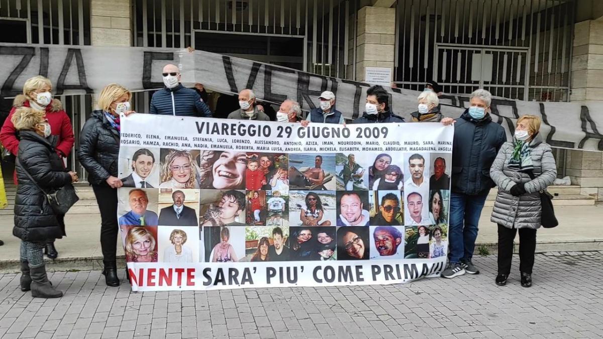 A 4 giorni dalla sentenza… Oggi, 4 gennaio, alle ore 18.00 in stazione aViareggio