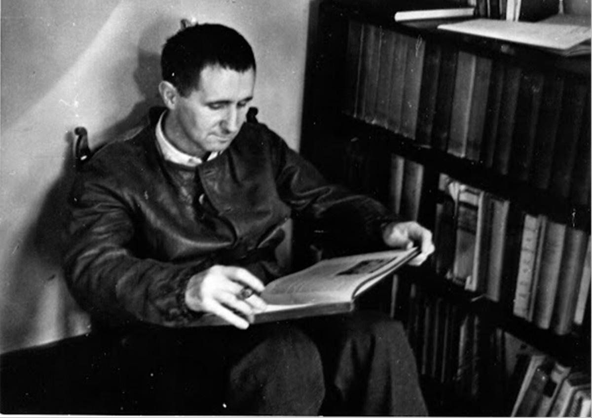 Bertold Brecht: Vita diGalileo