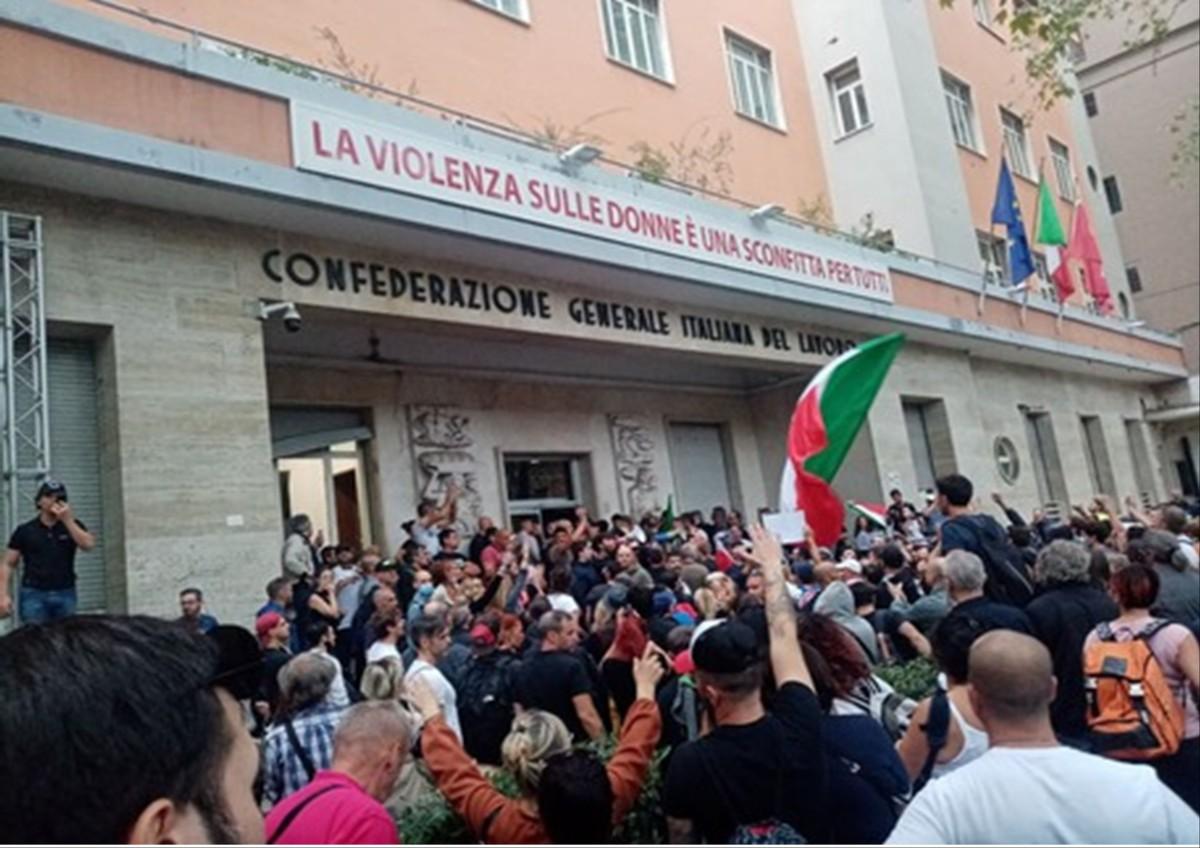 Presa di posizione sull'assalto neofascista alla sede nazionaleCgil
